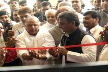 Ticket to Amanmani Tripathi reopens Samajwadi 'Pari-war' wounds