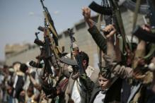 Yemen's Hadi Rejects UN Peace Plan Amid Deadly Raids by Houthis