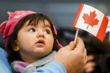 Canada Sets 2017 Immigration Target at 300,000 People