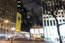 Snapchat Starts Selling Spectacles at Pop-up Vending Machines in New York City