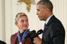 Ellen DeGeneres Pulls Off A Perfect Mannequin Challenge At The White House