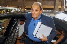 Tata Motors Shareholders Remove Nusli Wadia From Board