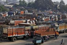Stranded Trucks, Unpaid Workers: India Inc Counts Cost of Cash Crunch