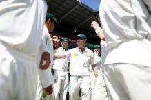 3rd Test: Desperate Aussies Roll the Dice to Stop Rampant South Africa