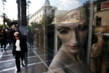 'Frozen Woman' Mannequin Fools Police in New York