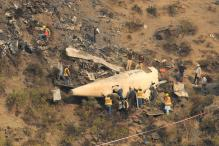 2 Killed in Small-Plane Crash in Pakistan
