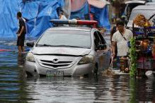 Typhoon Leaves 3 Dead, Messes up Christmas in Philippines