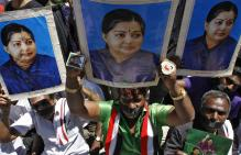 Jayalalithaa Suffers Cardiac Arrest, Apollo Says She is Undergoing Treatment