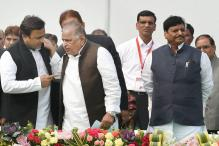 Akhilesh Yadav Meets Mulayam, Azam Khan Plays Peacemaker