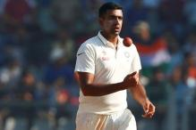 Ravichandran Ashwin Teaches Mehedi Miraz Tricks of the Trade