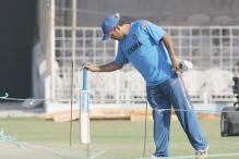 Ranji Trophy Semi-Finals: Mentor Dhoni Cheers Jharkhand From the Sidelines