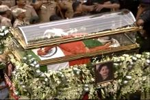 2 Tonne Flowers, 40 Workers For Jayalalithaa's Procession Truck
