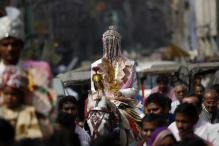 Caste Slur: MP Cops Don Pink Turban to Help Dalit Groom Ride on Horseback