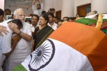 Jayalalithaa Kept BJP Waiting. Now, Her Party Looks to Centre for Support