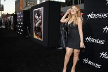 Mariah Carey Suffers Wardrobe Malfunction Again