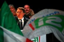 Italy Votes in Referendum With PM Matteo Renzi's Future at Stake
