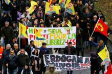 Turkey Plans Spring Referendum on Stronger Presidency, Election in 2019