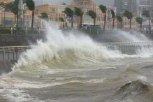 Powerful Typhoon Slams Into Philippines on Christmas