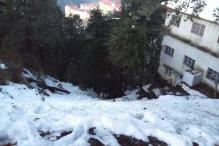 Snowfall in Shimla Cheers Up Tourists, See Pics