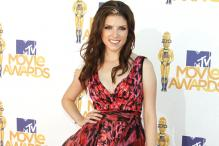 Anna Kendrick in Negotiations to Play Female Santa Claus in Disney's Next