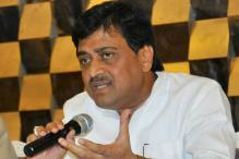 Congress Accuses Shiv Sena, BJP of 'Partners in Corruption'