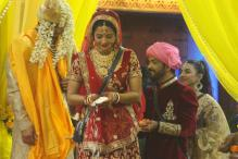 Bigg Boss 10: Monalisa Gets Married to Boyfriend Vikrant in The House, See Pics