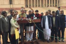 Demonetisation: TMC MPs Meet President, Says India Under 'Super Emergency'