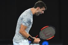 Grigor Dimitrov Easily Tames Richard Gasquet to Reach Last 16