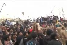 Scores of Jallikattu Protesters Forcefully Evicted From Chennai's Marina Beach