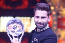 Bigg Boss 10 Finale: Manveer Gurjar Lifts the Winner's Trophy