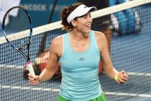 Garbine Muguruza Beats Sam Stosur in First Round at Brisbane International