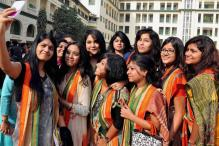 Delhi University Students Approach DCW Over Notice Banning Selfies, Combing