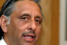 Congress Distances Itself From Aiyar-Mirwaiz Meeting