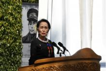 Suu Kyi Urges Myanmar Armed Ethnic Groups to Sign Ceasefire