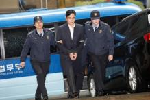 Samsung Group Chief Charged With Bribery, Corporate Nerve Centre Shut