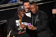 Hollywood Tour Group Gets Surprise Side Trip to Oscar Show