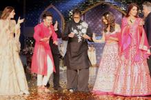 Amitabh Bachchan, Varun Dhawan, Alia Bhatt Walk The Runway for Cancer Patients