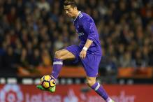 Cristiano Ronaldo, Manchester United Top Chinese Internet Tables