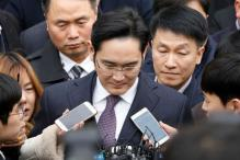Samsung Group Chief Jay Lee Arrested on Bribery Charges