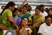 Rebellion Grows, MP and MLA Join Team Panneerselvam