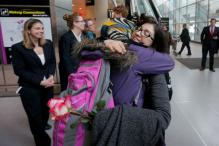 Visa Holders Rush to Board US-bound Flights Amid Reprieve