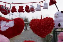 Pakistan Court Bans Valentine's Day Celebrations