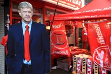 Arsene Wenger Plays Down Talk of Arsenal Exit