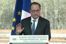 French Officer Accidentally Fires During Hollande's Speech, 2 Injured