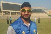 Sikh Cricketer Mahinder Pal Singh Plays in Pakistan Domestic League