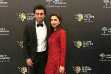 Mahira Khan Chats up With Ranbir Kapoor at an Awards Show