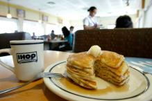World's Largest Serving Of Pancakes Sets Guinness Record
