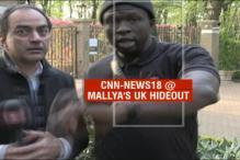 Vijay Mallya's Security Guard Stops CNN-News18 Reporter