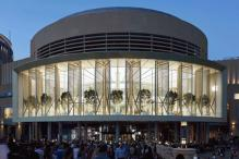 In Pictures: Apple Dubai Mall With Huge 186-Foot Curved Glass to Open Today
