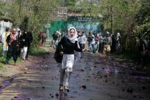 Police and Students Clash After Shutdown of Colleges in Kashmir